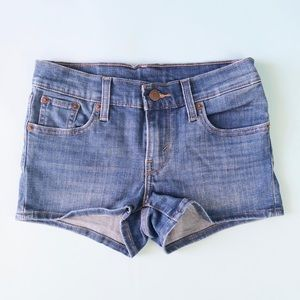 Levi's Denim mini Shorts in Blue Medium Wash